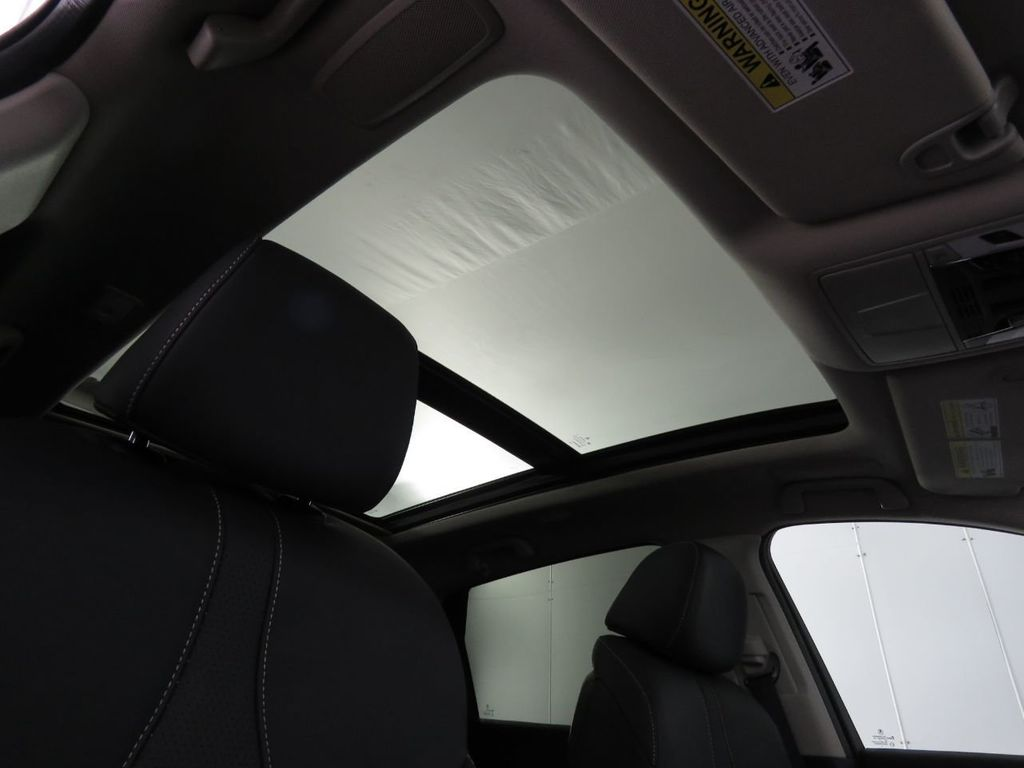 2020 Acura RDX FWD w/Technology Pkg - 18951032 - 17