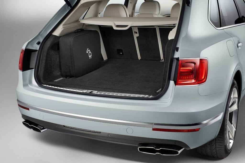 2020 Bentley Bentayga Hybrid Now Accepting Orders! - 18557422 - 10