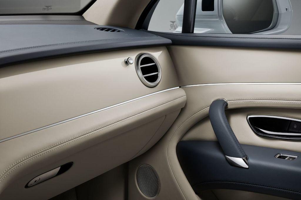 2020 Bentley Bentayga Hybrid Now Accepting Orders! - 18557422 - 6