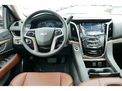 2020 Cadillac Escalade ESV 4WD 4dr Luxury SUV - Click to see full-size photo viewer