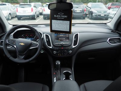 2020 Chevrolet Equinox AWD 4dr LT w/2LT SUV - Click to see full-size photo viewer