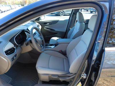 2020 Chevrolet Malibu 4dr Sedan LS w/1LS - Click to see full-size photo viewer