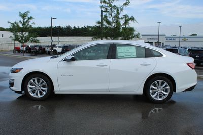2020 Chevrolet Malibu 4dr Sedan LT - Click to see full-size photo viewer
