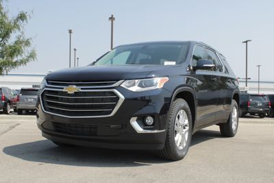2020 Chevrolet Traverse FWD 4dr LT Cloth w/1LT SUV - Click to see full-size photo viewer