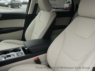 2020 Ford Edge Titanium AWD - Click to see full-size photo viewer