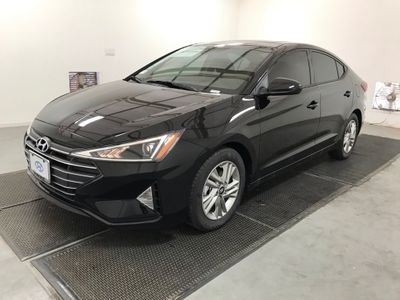 2020 Hyundai Elantra Value Edition IVT Sedan - Click to see full-size photo viewer