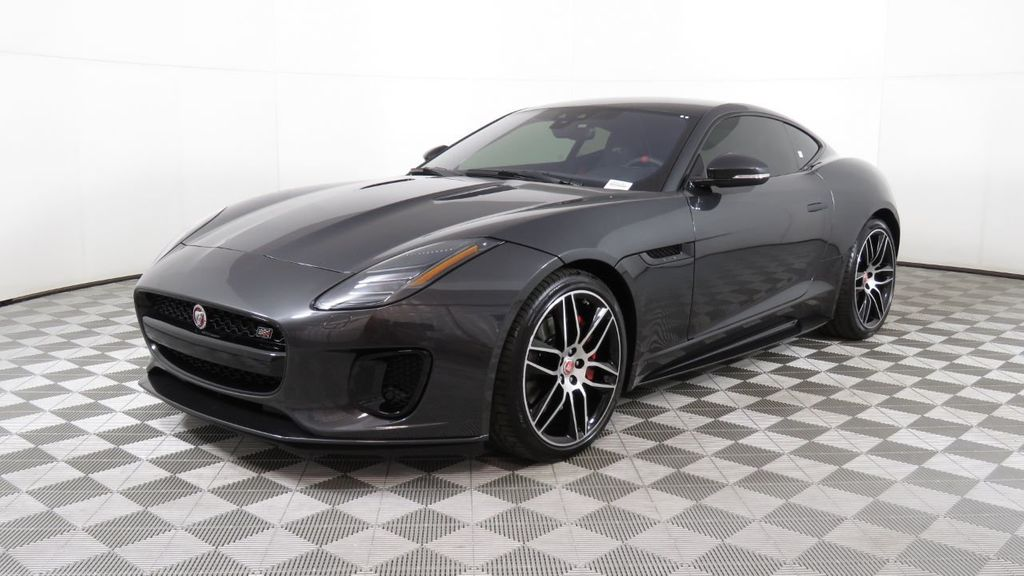 2020 Jaguar F-TYPE Coupe Automatic P300 - 18727894 - 0
