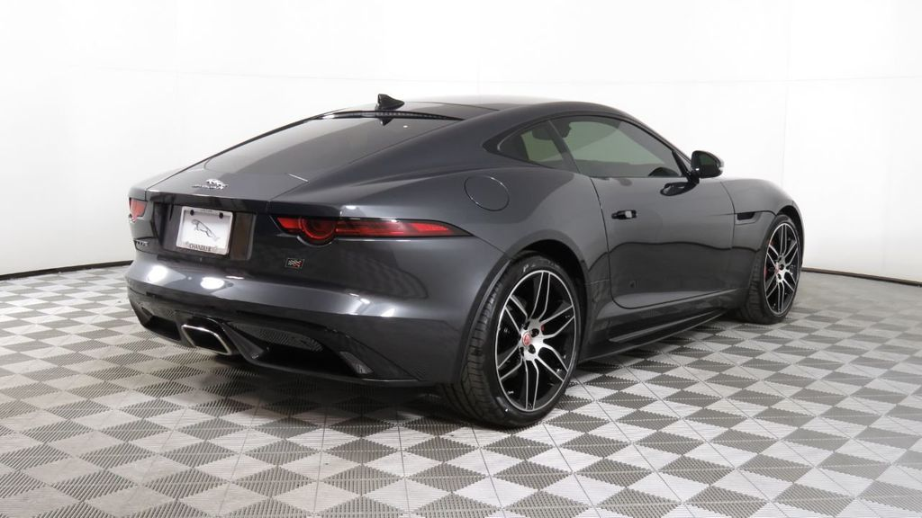 2020 Jaguar F-TYPE Coupe Automatic P300 - 18727894 - 4