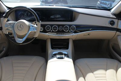 2020 Mercedes-Benz S-Class S 560 4MATIC Sedan - Click to see full-size photo viewer