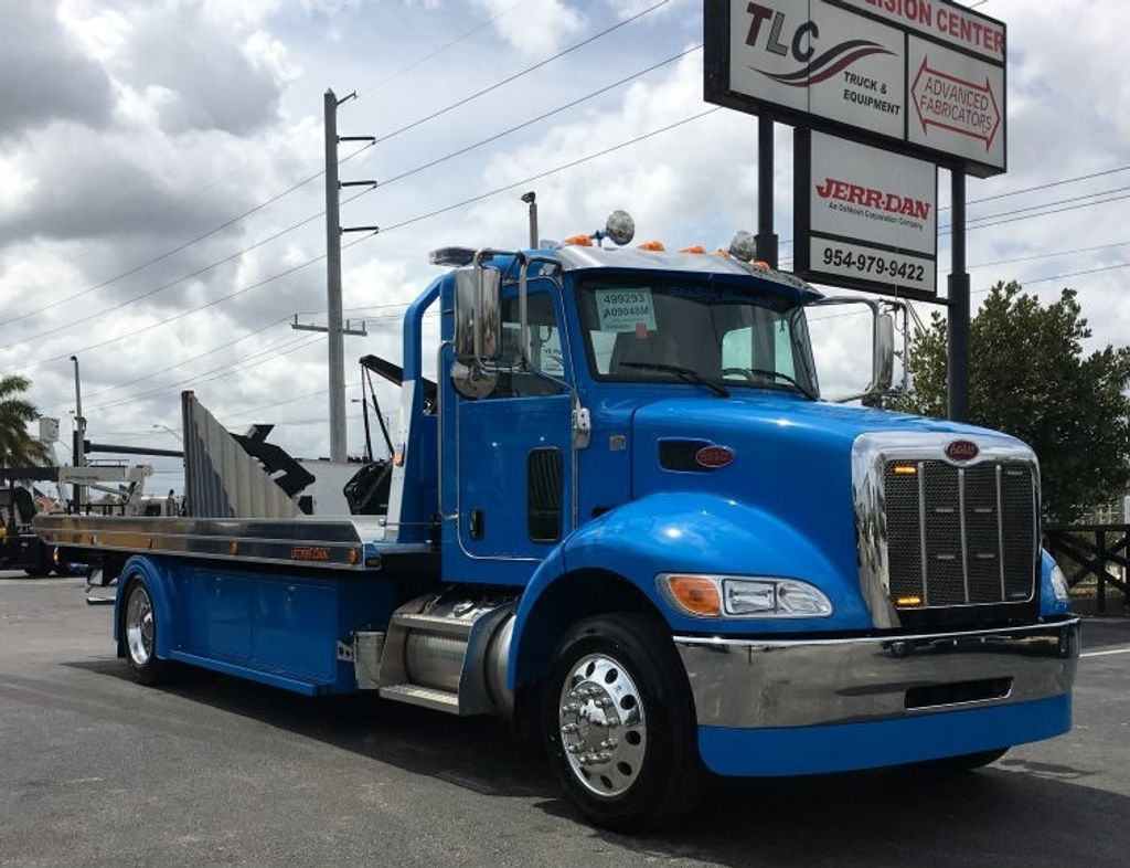 2020 Peterbilt 337 StepSide Classic 337..AIR BRAKE.AIR RIDE.22NGAF6T-LPW - 17505480 - 1