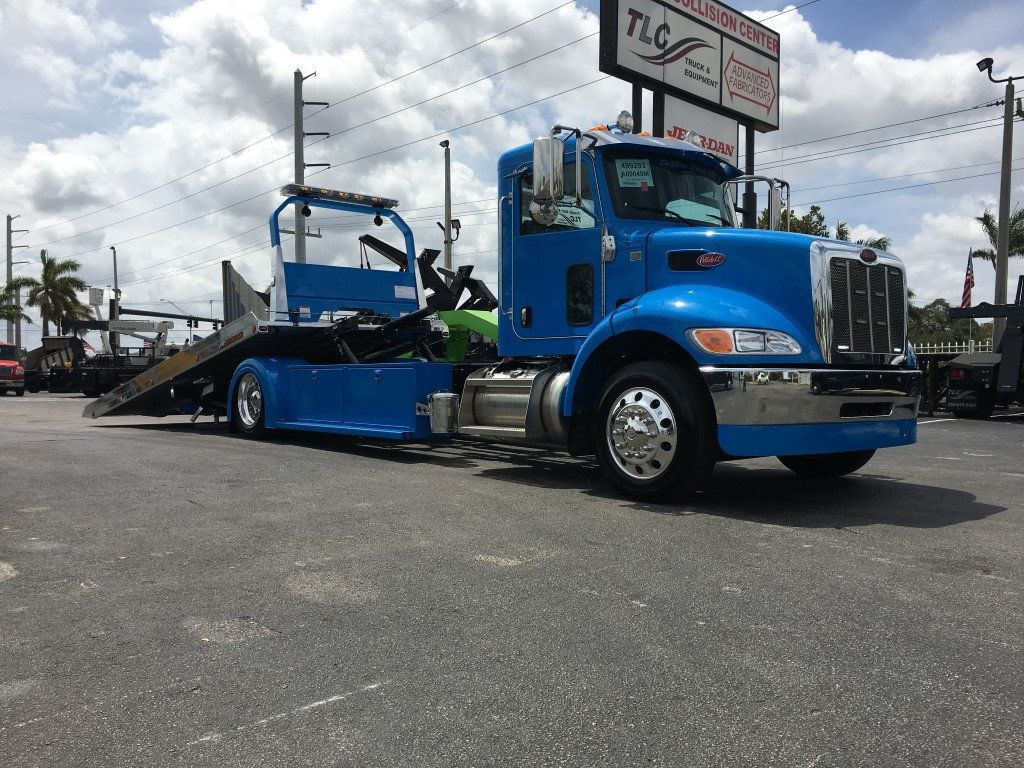 2020 Peterbilt 337 StepSide Classic 337..AIR BRAKE.AIR RIDE.22NGAF6T-LPW - 17505480 - 35