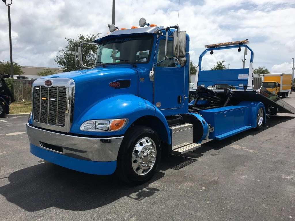 2020 Peterbilt 337 StepSide Classic 337..AIR BRAKE.AIR RIDE.22NGAF6T-LPW - 17505480 - 36