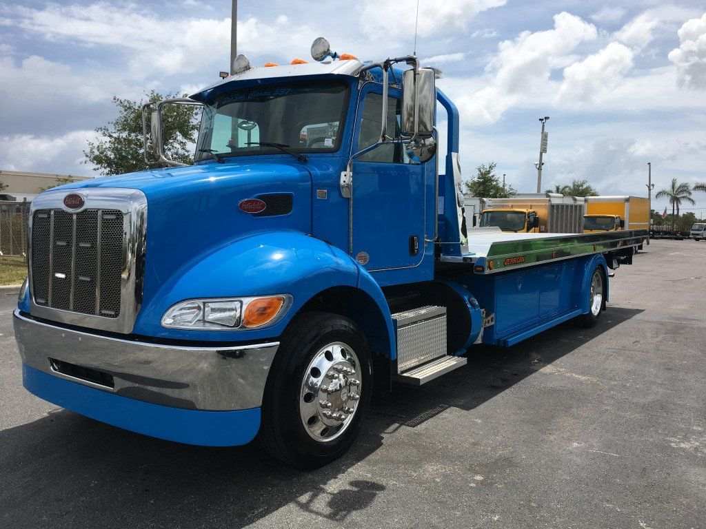 2020 Peterbilt 337 StepSide Classic 337..AIR BRAKE.AIR RIDE.22NGAF6T-LPW - 17505480 - 5