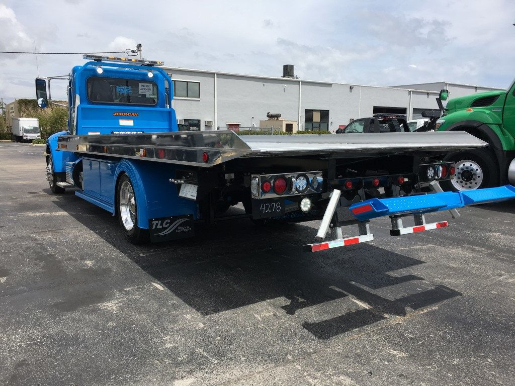 2020 Peterbilt 337 StepSide Classic 337..AIR BRAKE.AIR RIDE.22NGAF6T-LPW - 17505480 - 6
