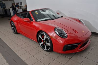 2020 Porsche 911 Carrera 4S Cabriolet - Click to see full-size photo viewer