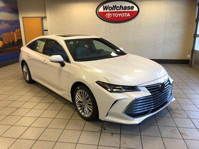 2020 Toyota Avalon Limited Sedan - Click to see full-size photo viewer