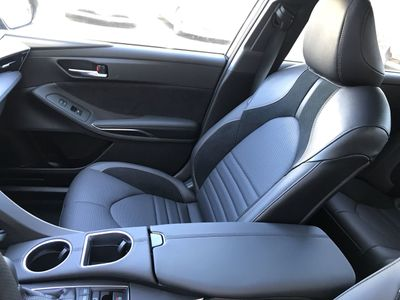 2020 Toyota Avalon Touring Sedan - Click to see full-size photo viewer