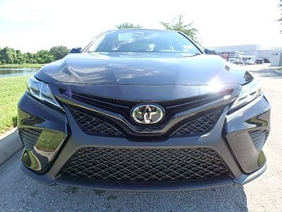 2020 Toyota Camry SE Automatic Sedan - Click to see full-size photo viewer