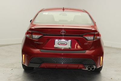 2020 Toyota Corolla SE Manual Sedan - Click to see full-size photo viewer