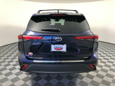 2020 TOYOTA HIGHLANDER L AWD SUV - Click to see full-size photo viewer