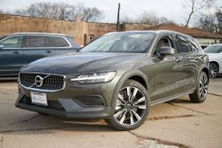 2020 Volvo V60 Cross Country - YV4102WKXL1038260