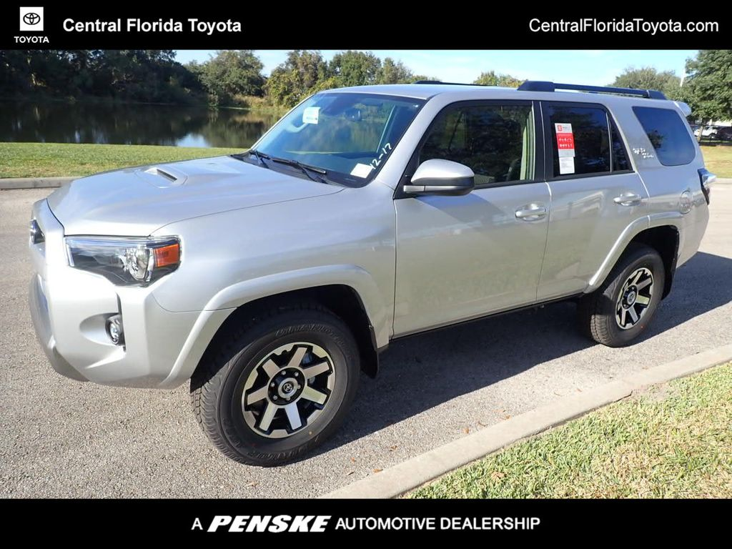 New 2021 Toyota 4runner Trd Off Road 4wd For Sale In Orlando Florida M5878164 Penskecars Com