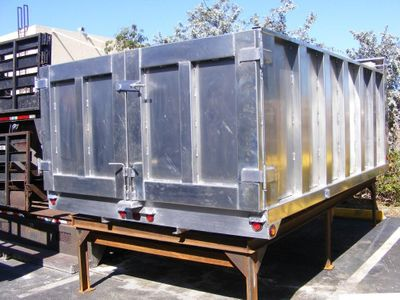New 3016 ADVANCED FABRICATORS 12TD48PS ..12FT ALUM TRASH DUMP BODY. 48IN POST SIDES