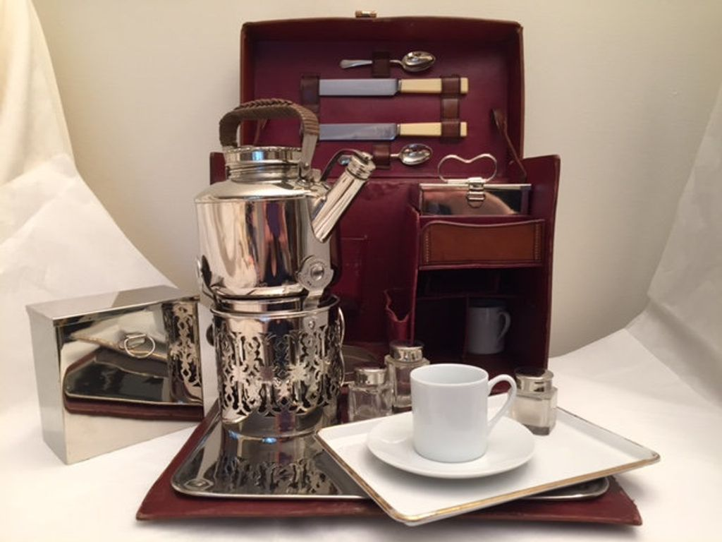 Who Makes Cadillac >> 1905 Rolls-Royce PICNIC HIGH TEA SET Coupe for Sale Ramsey ...