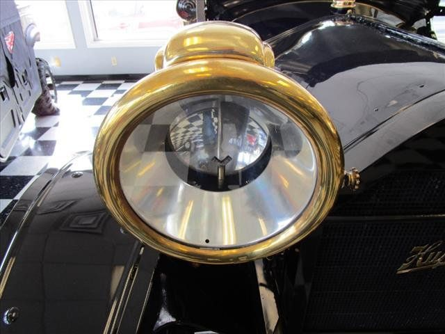 1913 Hupmobile Model 32 Roadster - 15110916 - 12