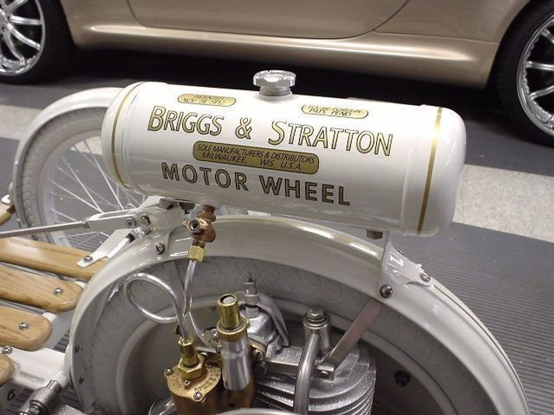 1920 Briggs and Stratton FLYER  - 907594 - 12