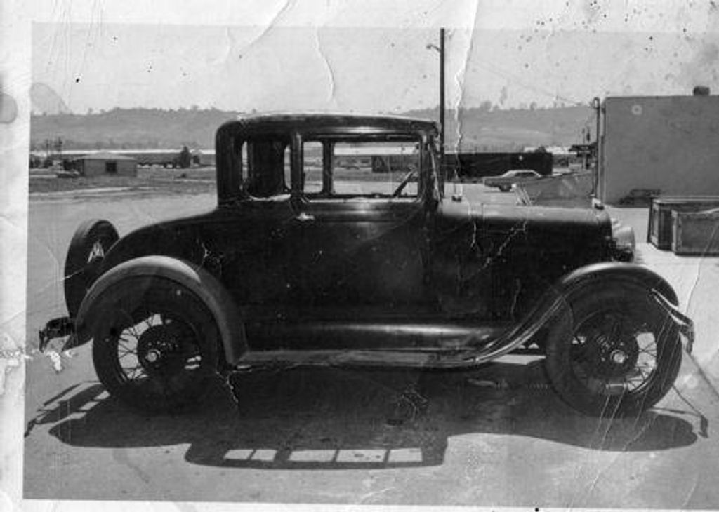 1929 Ford Hi-Boy Roadster - 11480353 - 24