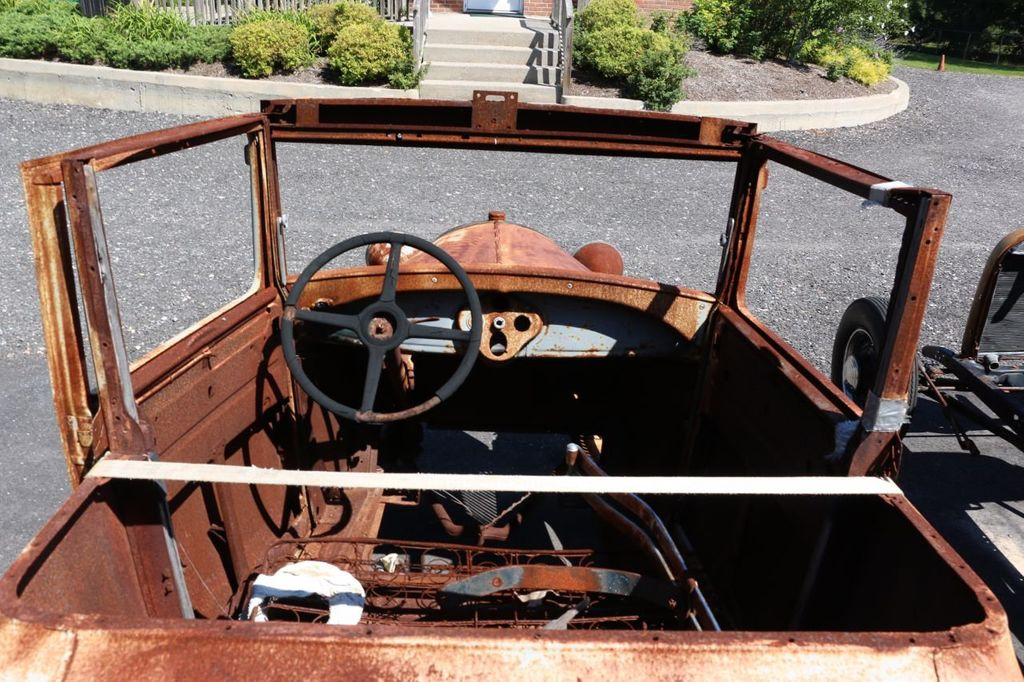 1929 Ford Model A Sport Coupe Project - 15440553 - 18