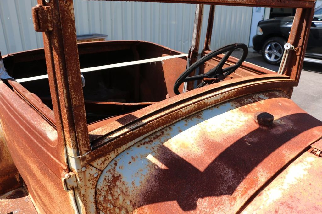 1929 Ford Model A Sport Coupe Project - 15440553 - 24