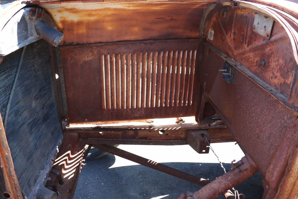 1929 Ford Model A Sport Coupe Project - 15440553 - 32