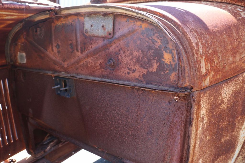 1929 Ford Model A Sport Coupe Project - 15440553 - 33