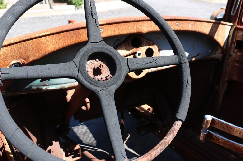 1929 Ford Model A Sport Coupe Project - 15440553 - 39