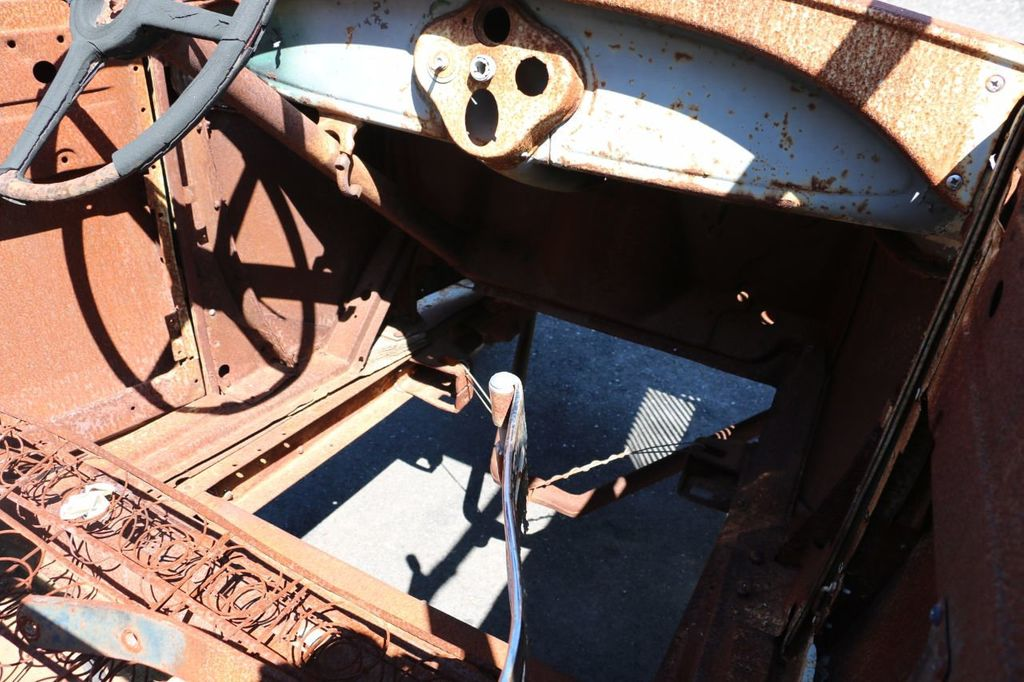 1929 Ford Model A Sport Coupe Project - 15440553 - 43