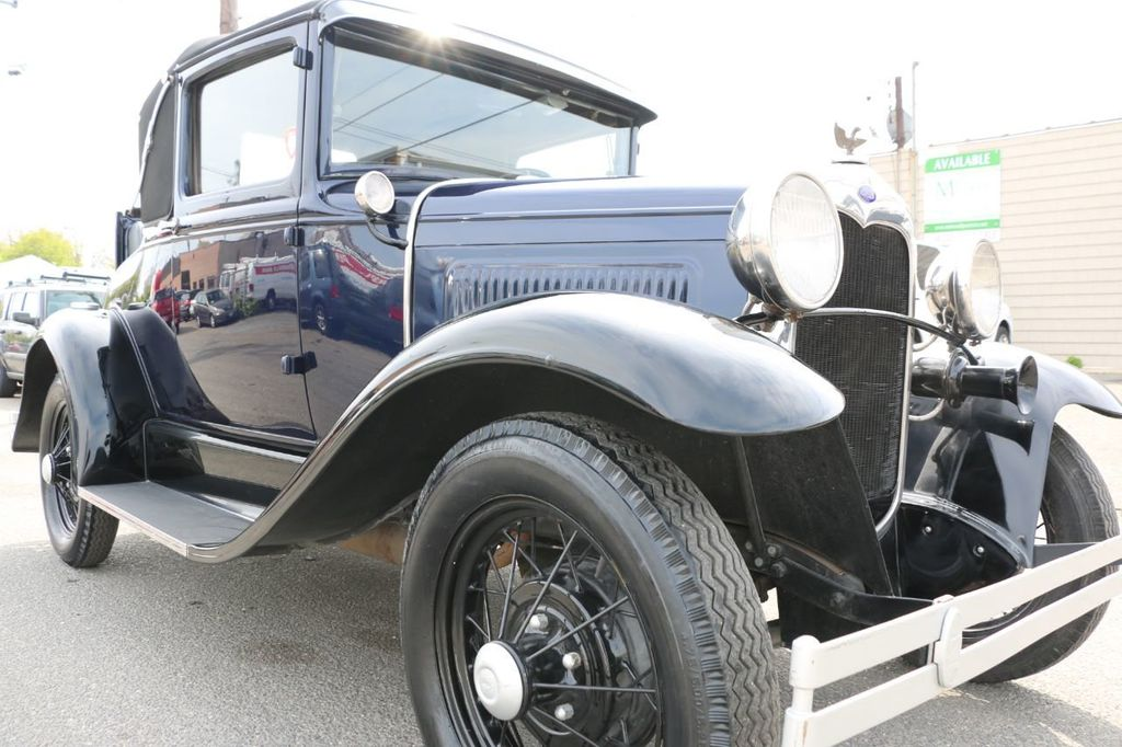 1930 Ford Model A Roadster - 17660255 - 23