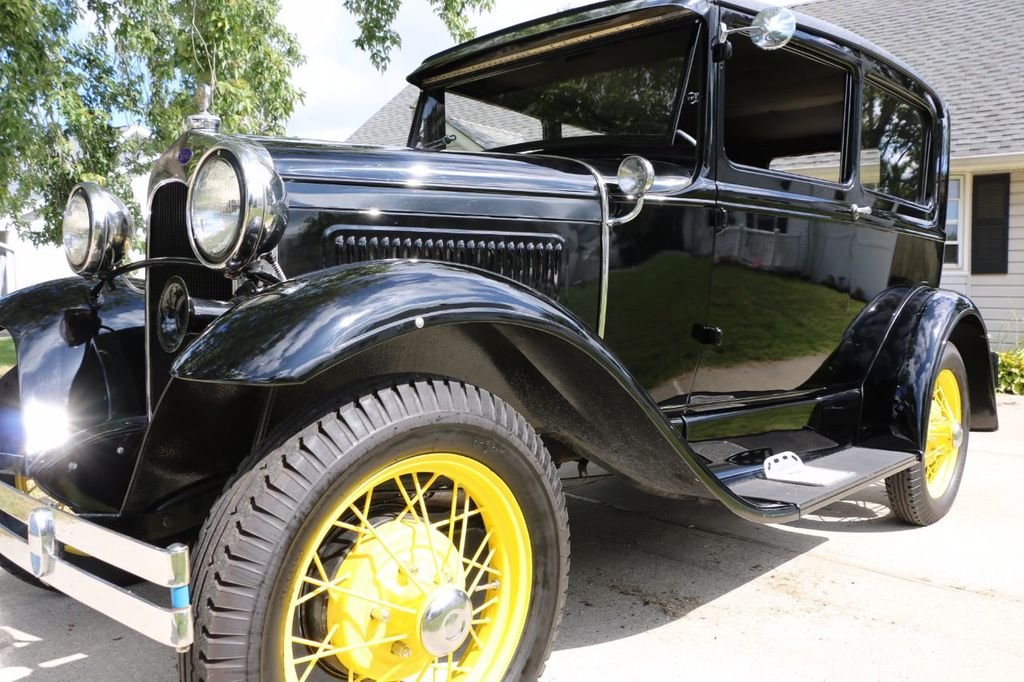 1930 Ford Model A Touring  Sedan - 16880579 - 10