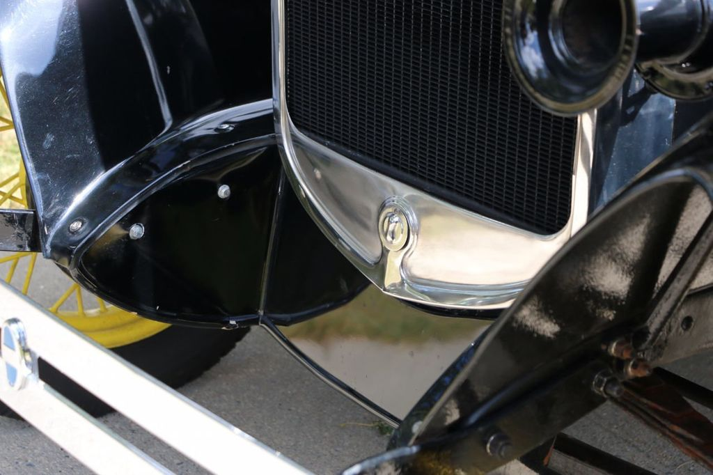 1930 Ford Model A Touring  Sedan - 16880579 - 25