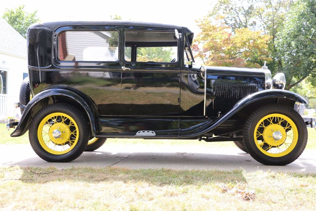 1930 Ford Model A Touring  Sedan - 16880579 - 6