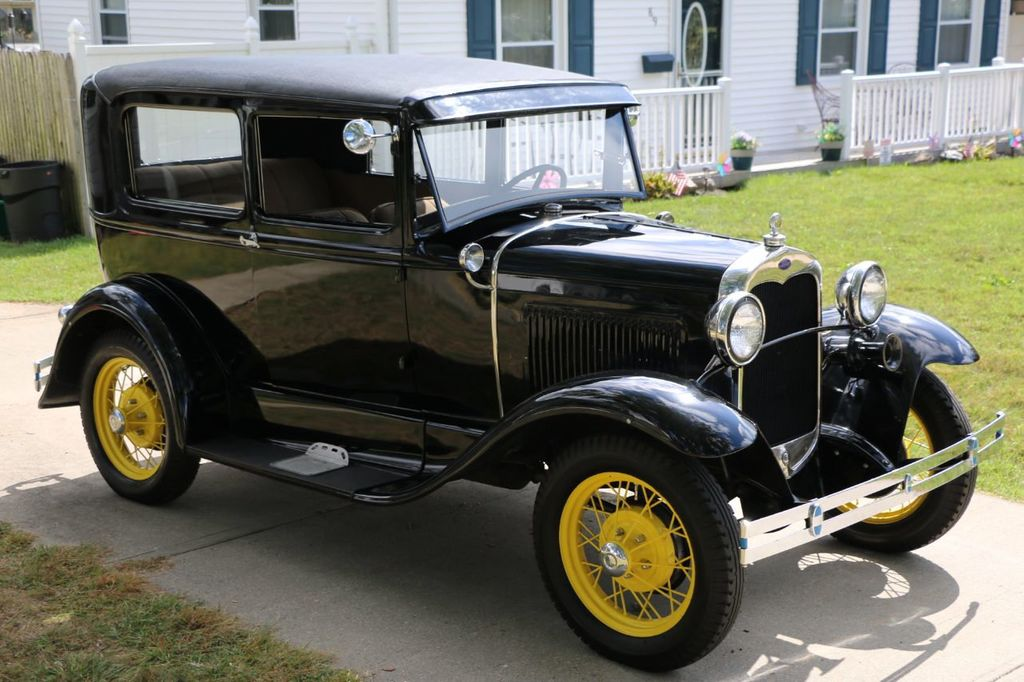 1930 Ford Model A Touring  Sedan - 16880579 - 7