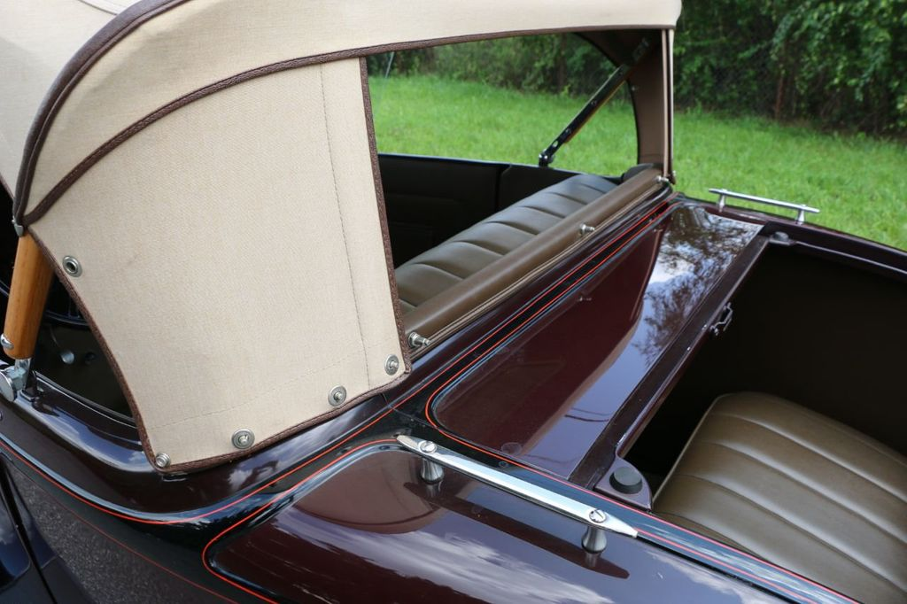 1932 Ford Model 18 Rumble Seat Roadster - 17809150 - 39