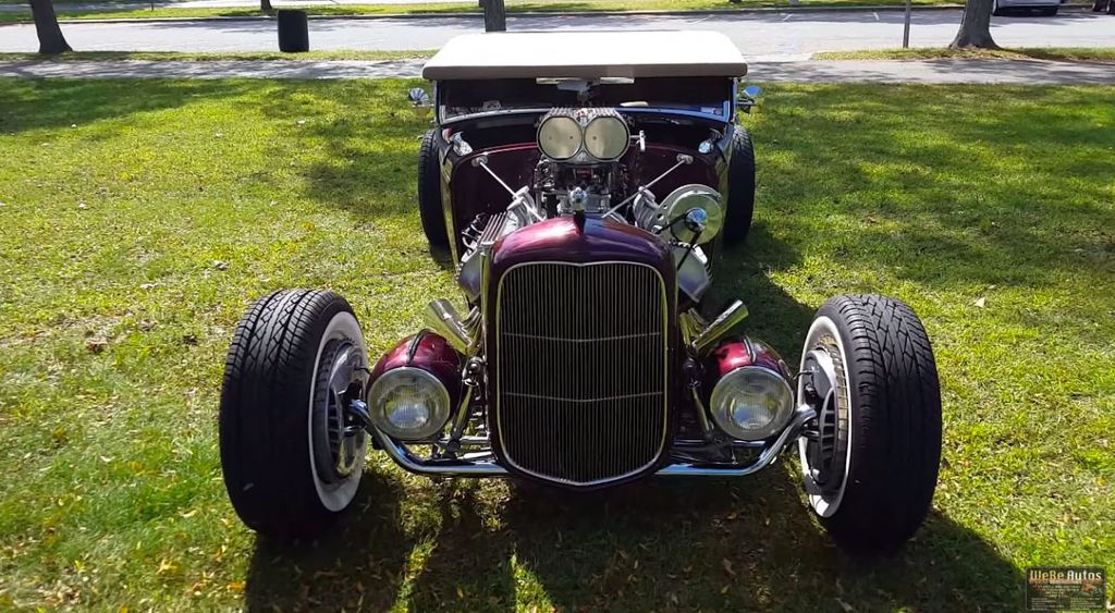 1932 Ford Roadster For Sale - 14266823 - 13