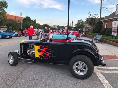 1932 Ford Roadster Highboy Roadster  Convertible