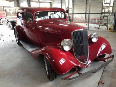 1933 Ford Crown Victoria  Coupe
