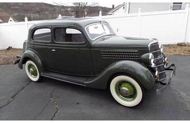 1935 Ford Model 48 Tudor - 17784998 - 0