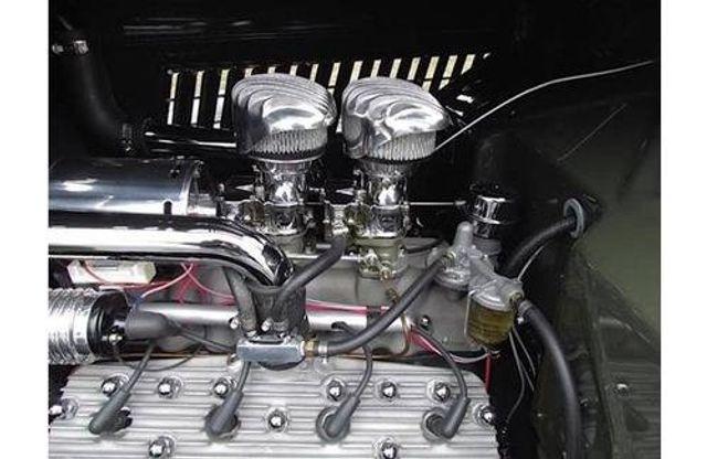 1935 Ford Model 48 Tudor - 17784998 - 16