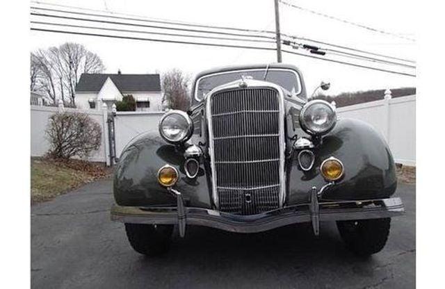 1935 Ford Model 48 Tudor - 17784998 - 3