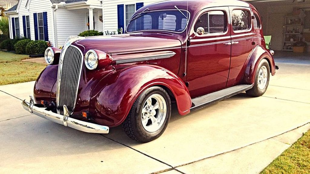 1937 Plymouth Sedan For Sale - 13332604 - 9
